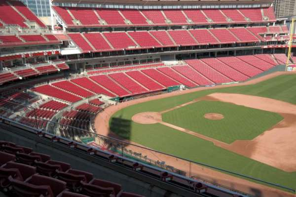Great American Ball Park, section: 432, row: D, seat: 12