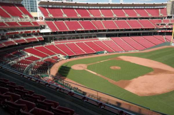 Great American Ball Park, section: 433, row: D, seat: 11