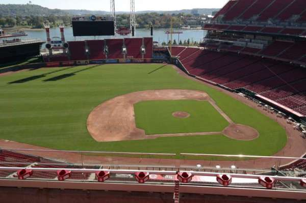 Great American Ball Park, section: 517, row: C, seat: 8