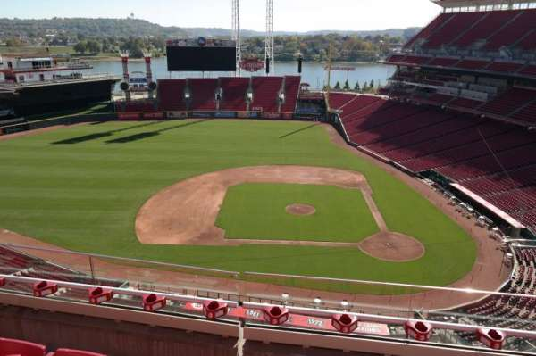 Great American Ball Park, section: 518, row: D, seat: 9