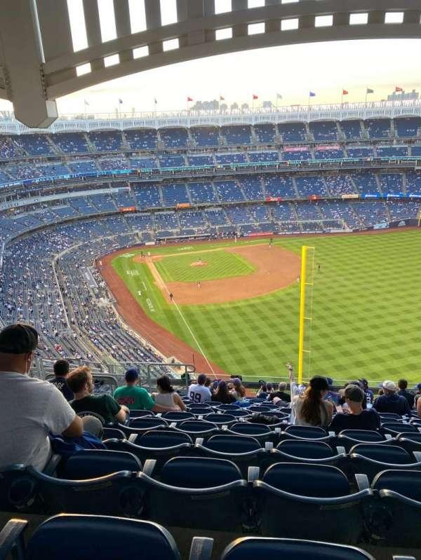 Yankee Stadium, section: 407B, row: 13, seat: 16
