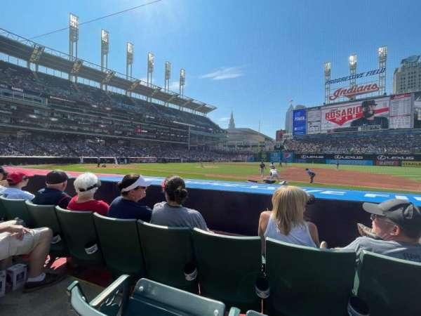 Progressive Field, section: 140, row: H, seat: 9/10