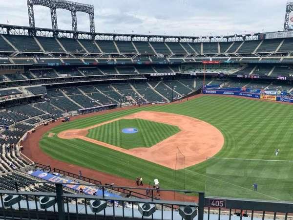 Citi Field, section: 405, row: 3, seat: 21