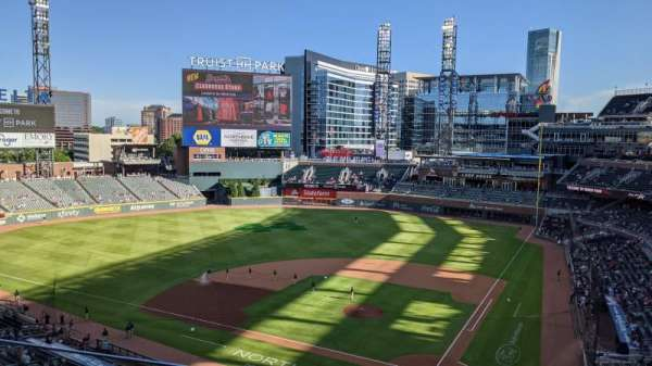Truist Park, section: 328, row: 3, seat: 12