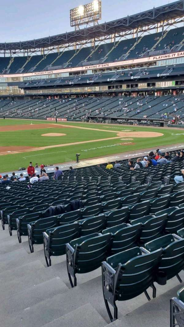 Guaranteed Rate Field, section: 142, row: 27, seat: 1