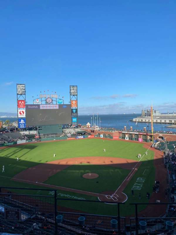 Oracle Park, section: 318B, row: D, seat: 10