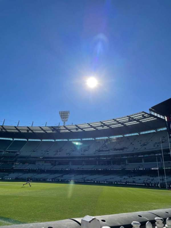 Melbourne Cricket Ground, section: M11, row: A, seat: 5