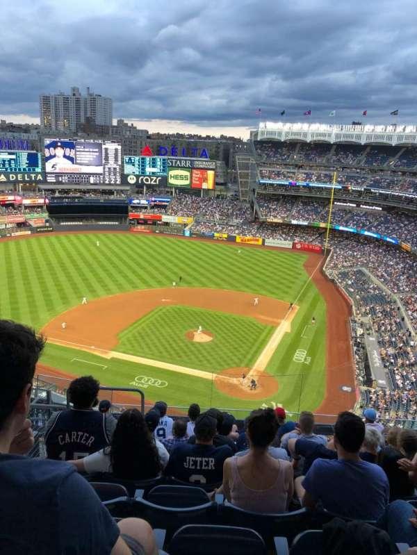 Yankee Stadium, section: 421, row: 9, seat: 21