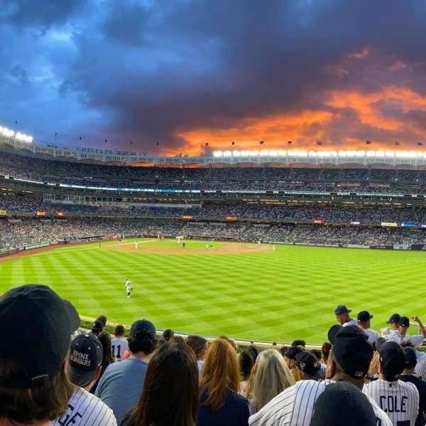 Yankee Stadium, section: 203, row: 9, seat: 6