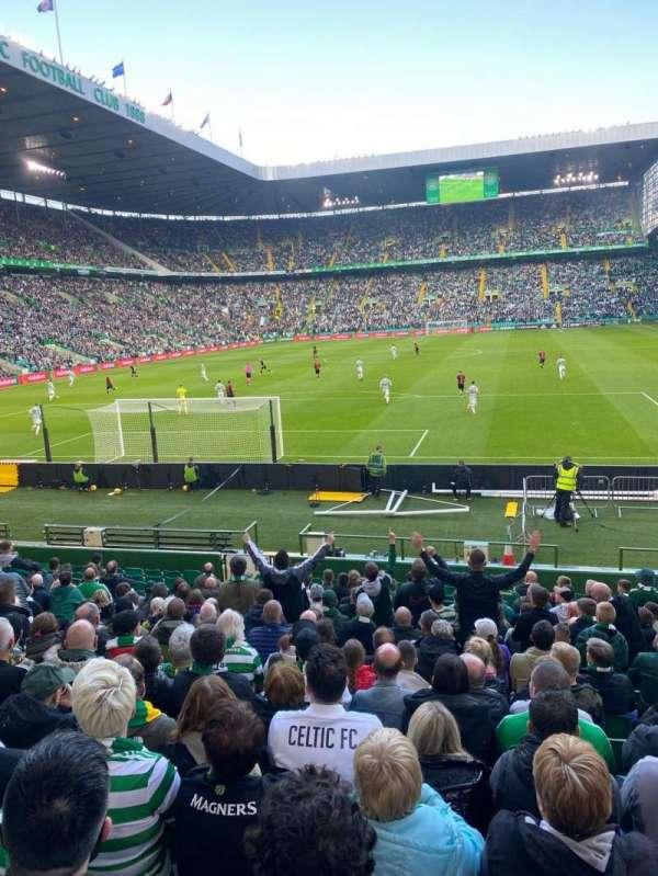 Celtic Park, section: 139, row: R