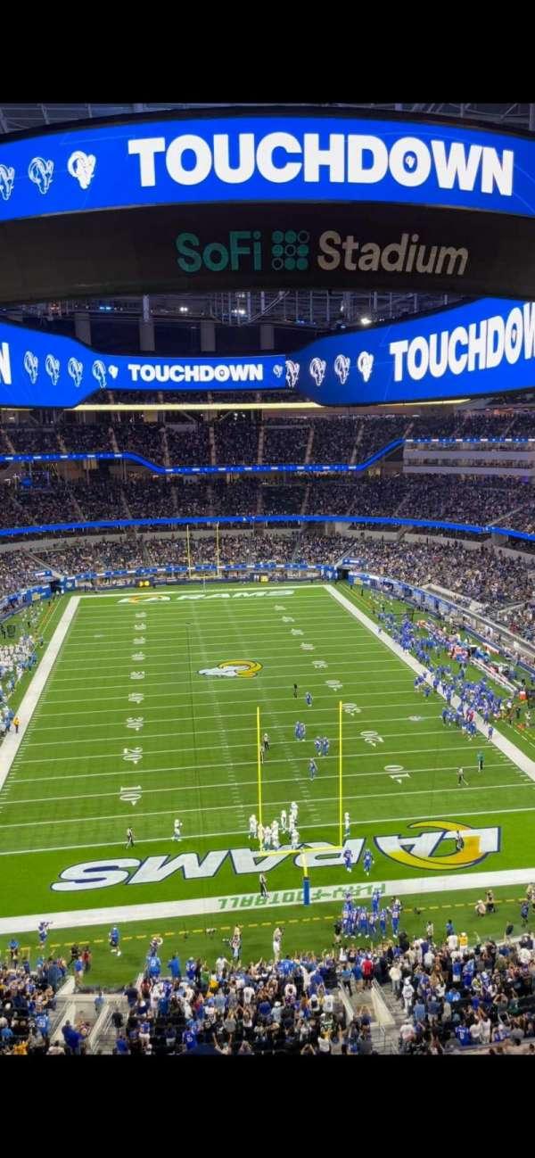 SoFi Stadium, section: 335, row: 6, seat: 6