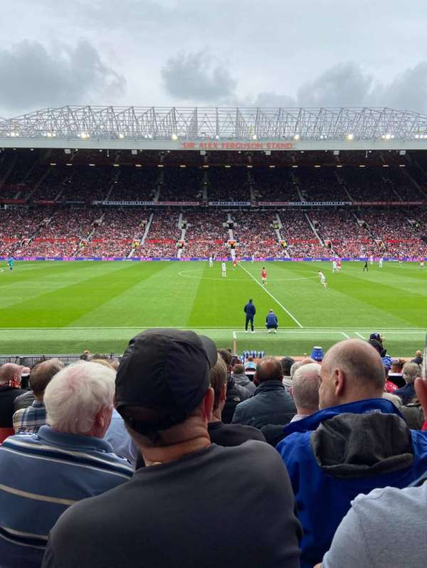 Old Trafford, section: STH124, row: 11, seat: 140