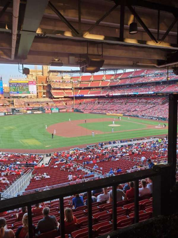Busch Stadium, section: UMB, row: A, seat: 2