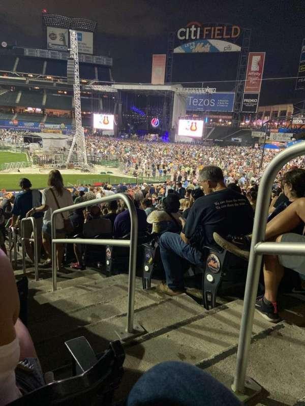 Citi Field, section: 114, row: 29, seat: 15
