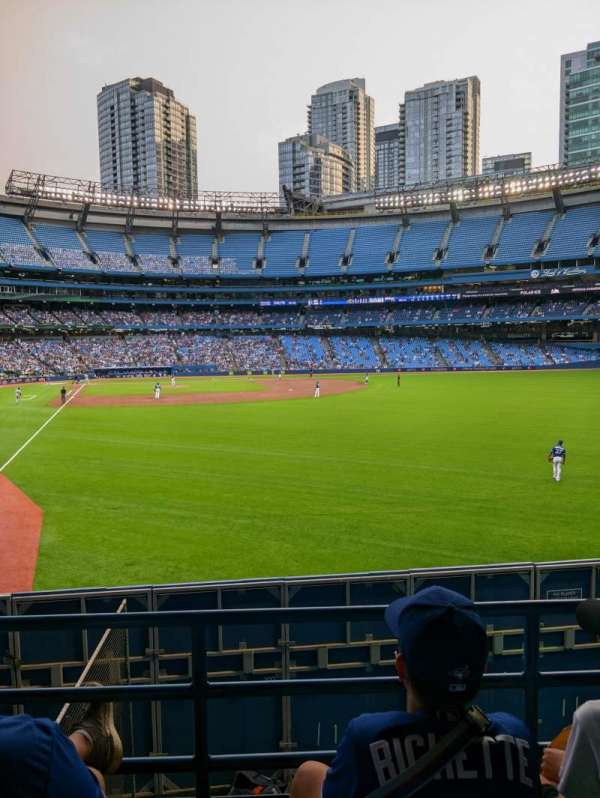 Rogers Centre, section: 108R, row: 3, seat: 1