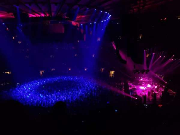 Madison Square Garden, section: 213, row: 4, seat: 1