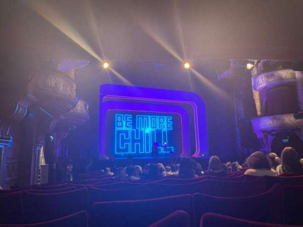Shaftesbury Theatre, section: Stalls, row: S, seat: 31