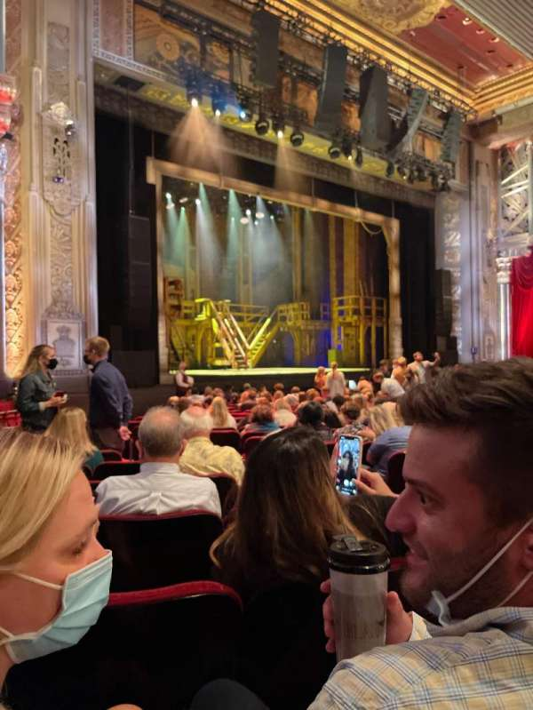 hollywood pantages theatre, section: Orchestra L, row: T, seat: 7