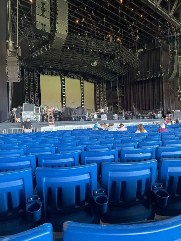 Sunlight Supply Amphitheater, section: 103, row: V, seat: 21