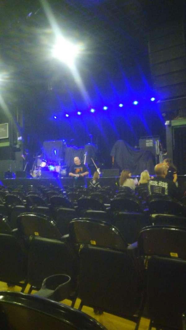 Hampton Beach Casino Ballroom, section: CEN2R, row: HH, seat: 14