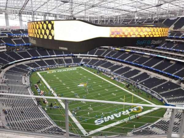 SoFi Stadium, section: 525, row: 4, seat: 8