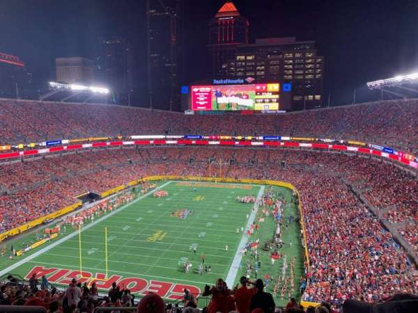 Bank of America Stadium, section: 552, row: 17, seat: 21