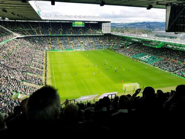 Celtic Park, section: 442, row: Y, seat: 27