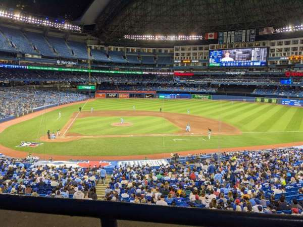 Rogers Centre, section: 220L, row: 1, seat: 105