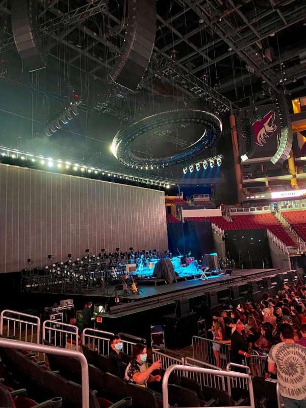 Gila River Arena, section: 102, row: H, seat: 16