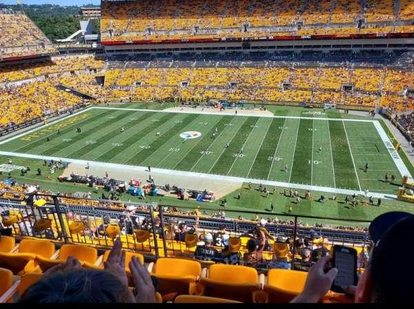 Heinz Field, section: 537, row: J, seat: 9