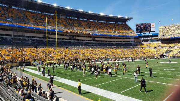 Heinz Field, section: 101, row: H, seat: 9