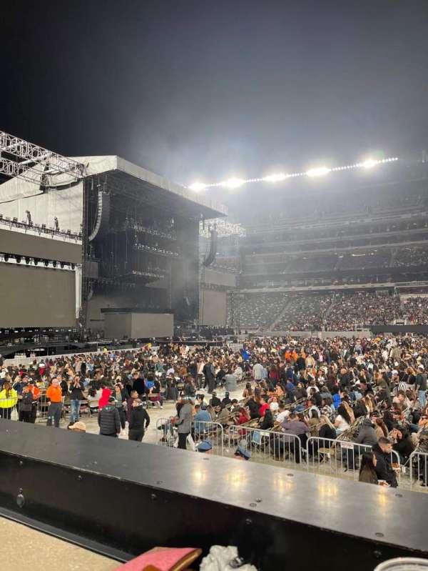 MetLife Stadium, section: 139, row: 6, seat: 24