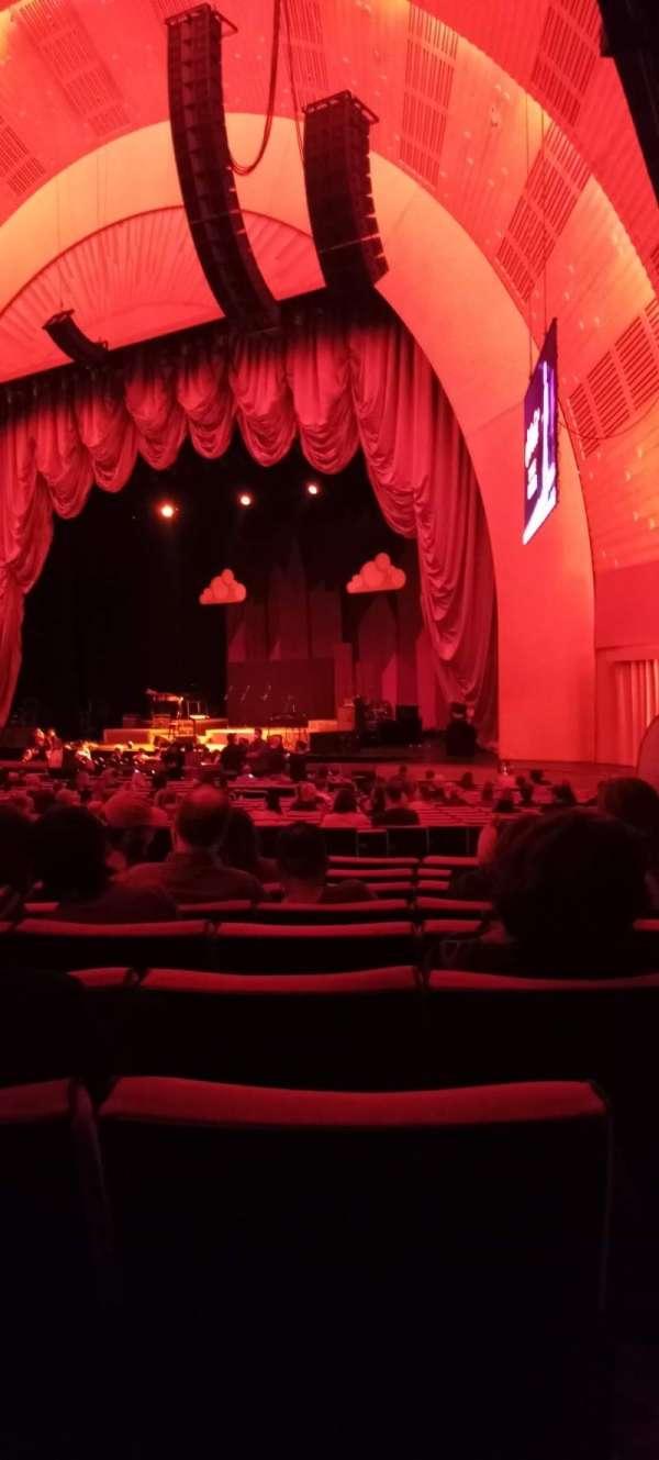 Radio City Music Hall, section: Orchestra 1, row: F, seat: 102