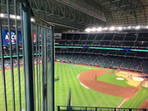Minute Maid Park, section: 405, row: 3, seat: 1