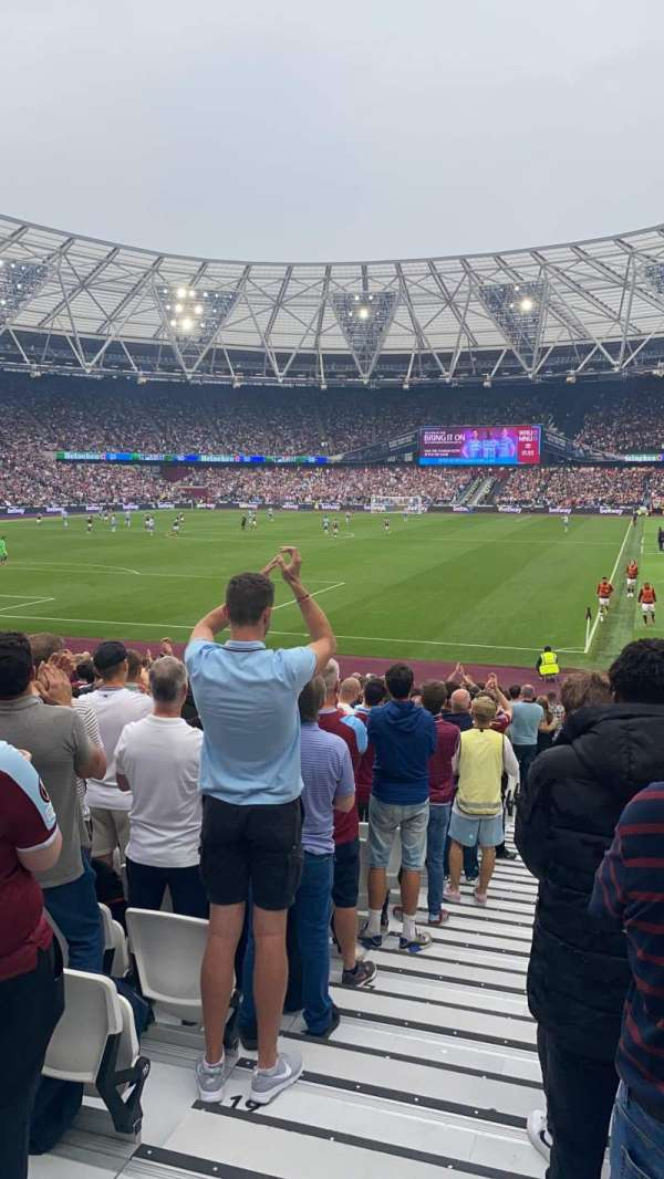 London Stadium, section: 154, row: 23, seat: 500