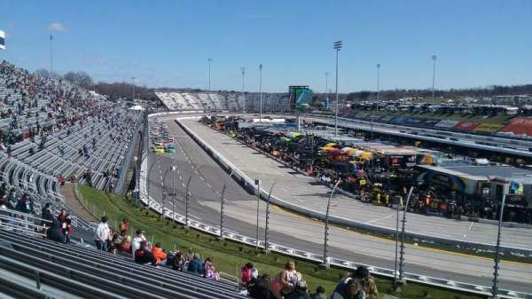 Martinsville Speedway, section: DD, row: 25, seat: 1