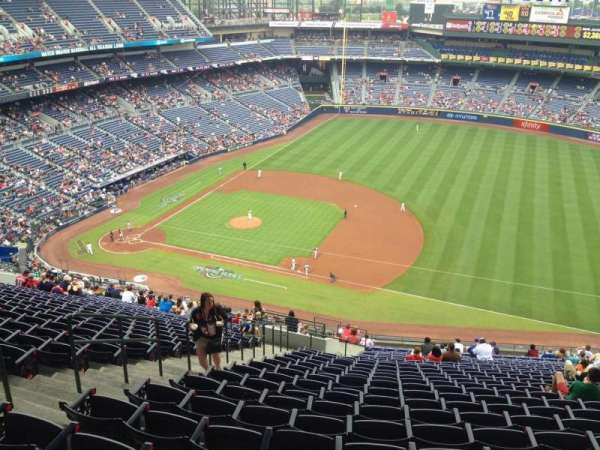 Turner Field, section: 415, row: 25, seat: 5