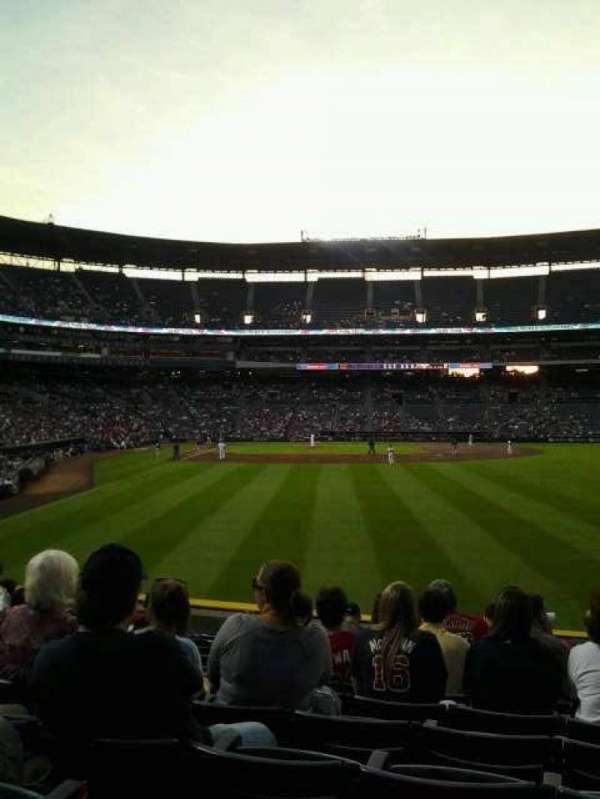 Turner Field, section: 135r, row: 22, seat: 11