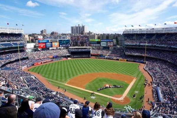 Yankee Stadium, section: 421, row: 6, seat: 14