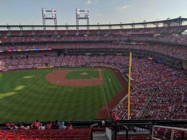 Busch Stadium, section: 372, row: 13, seat: 2