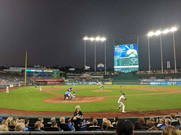 Kauffman Stadium, section: 129, row: C, seat: 5