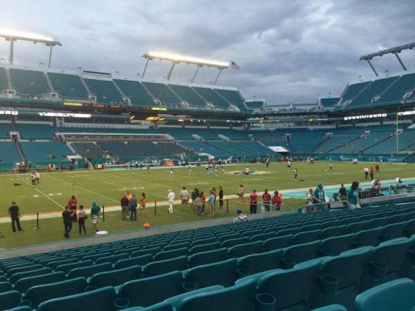 Hard Rock Stadium, section: 121, row: 14, seat: 24