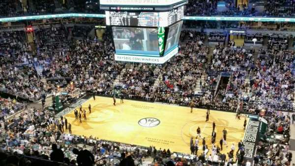BMO Harris Bradley Center, section: 442, row: T, seat: 5