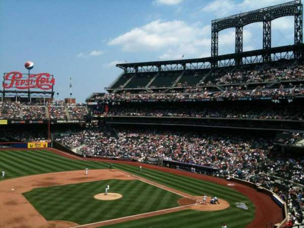 Citi Field, section: 328, row: 10, seat: 3