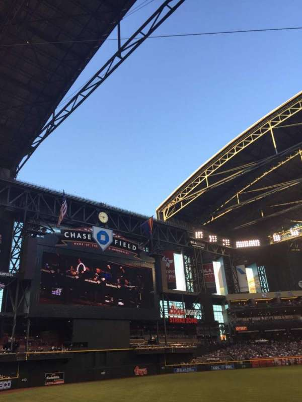 Chase Field, section: 132, row: 17, seat: 15