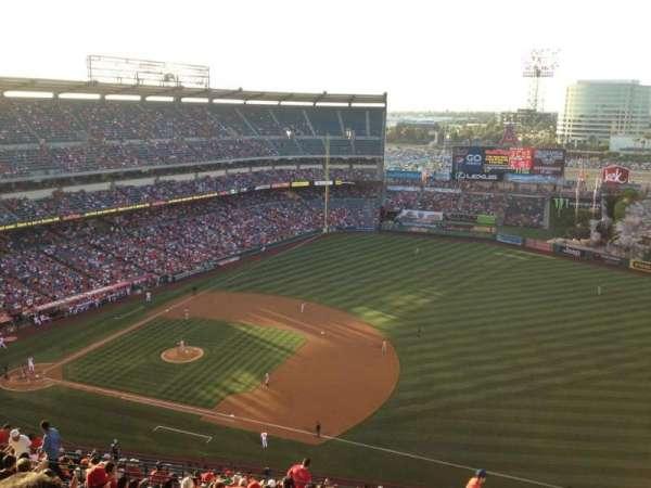 Angel Stadium, section: V530, row: P, seat: 18
