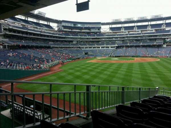Nationals Park, section: 139, row: r, seat: 4