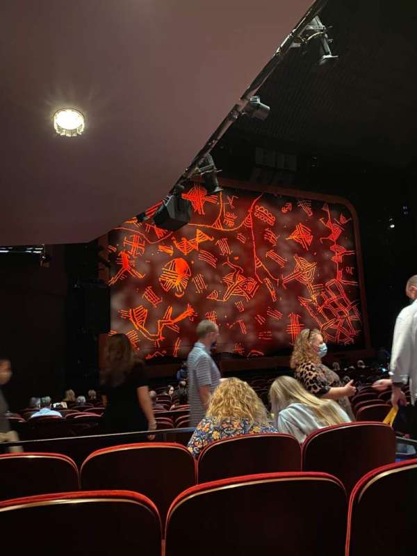 Minskoff Theatre, section: Orchestra L, row: R, seat: 7