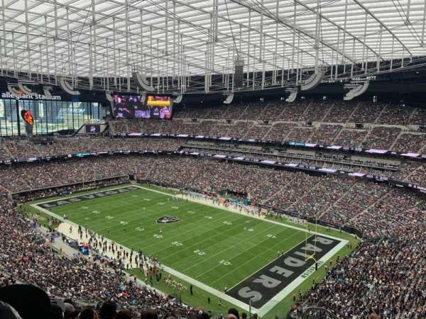 Allegiant Stadium, section: 432, row: 7, seat: 1