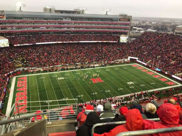 Memorial Stadium (Lincoln), section: 610, row: 9, seat: 19